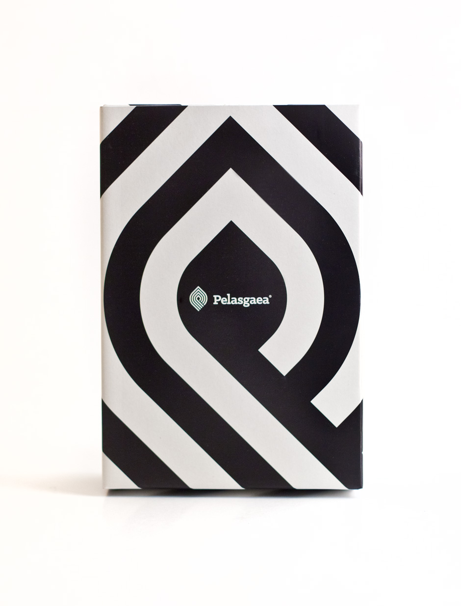 Pelasgaea gift box packaging